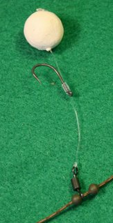 Showing how to tie up chod rigs carp fishing