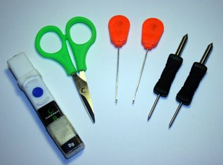 Image of tools required create chod carp rigs